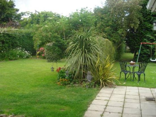 Almara Bed & Breakfast Dublin: Gardenpatio