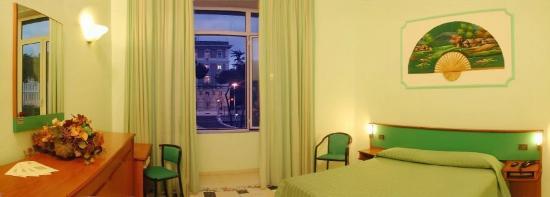 Hotel Dorica: Guest Room