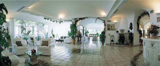 Santa Caterina Hotel: Lobby