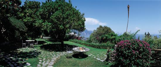 Santa Caterina Hotel: Botanic Garden