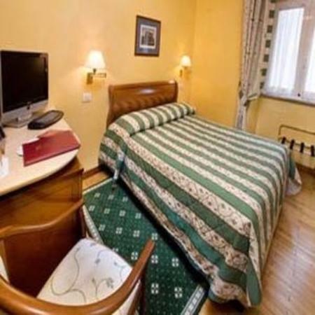Hotel Victoria: SINGLESTANDARD