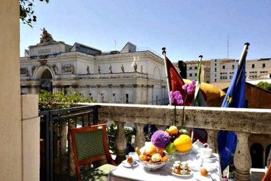 Hotel Giolli Nazionale: Suite Balcony