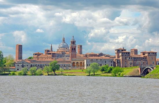 Skyline di Mantova