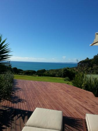 Waoku Lodge: View from the deck