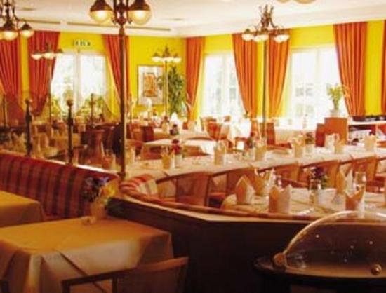 Ramada Frankfurt Airport West: Restaurant