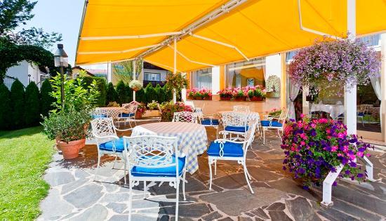 Wittelsbacher Hof Swiss Quality Hotel: Wittelsbacherhof Garmisch Terrasse