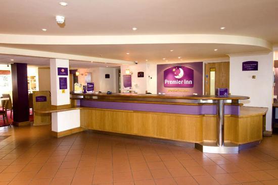 Premier Inn Birmingham South (Hall Green) Hotel: Birmingham Hall Green Lobby