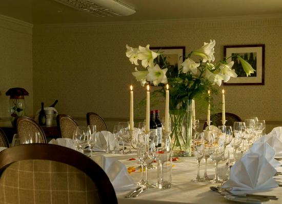 Brandshatch Place Hotel & Spa: Restaurant