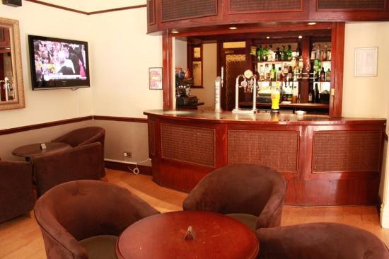 Blaby Hotel: Bar