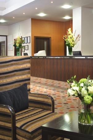 Stratford Manor Hotel: Reception