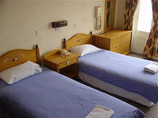 Royal Norfolk Hotel: Guest Room
