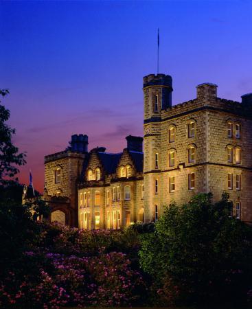 英威爾洛奇城堡酒店
