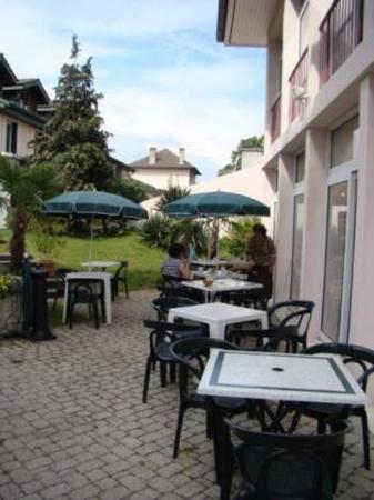 Hotel de France: Terrace