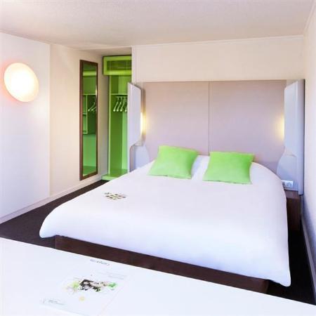 Campanile Paris Ouest - Pte De Champerret Levallois : Double Room