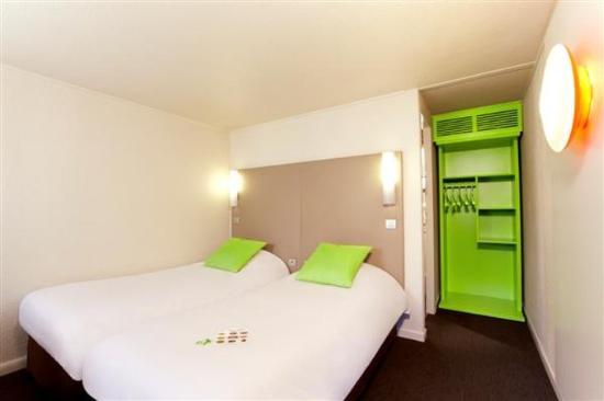 Campanile Paris Ouest - Pte De Champerret Levallois : Twin Room