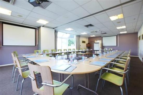 Kyriad Paris Ouest - Colombes : Meeting Room
