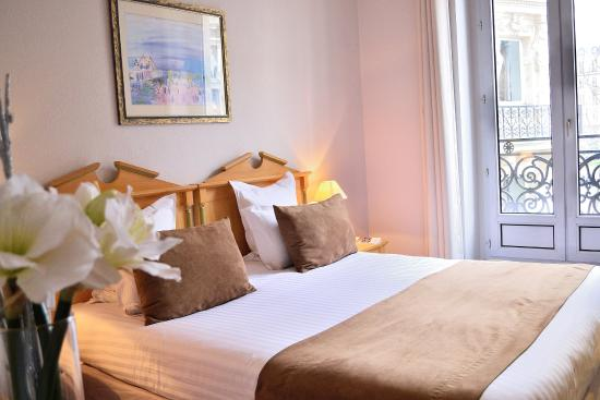 Quality Hotel Malesherbes: Chambre Room