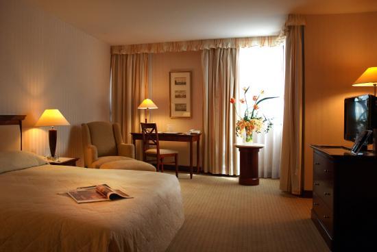 Evergreen Laurel Hotel: Guest Room