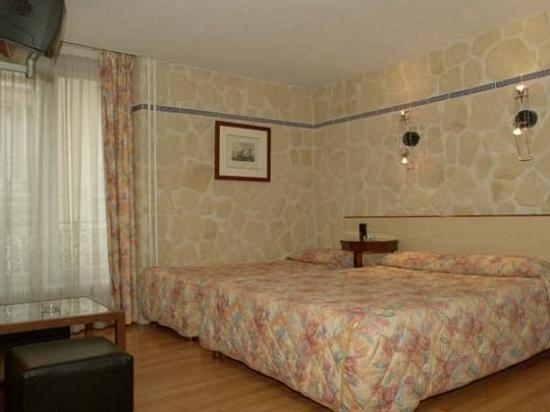 Hotel Hauteville Opera : Room
