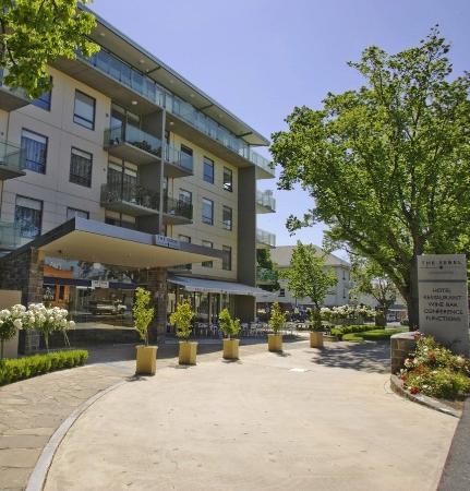 โรงแรมเดอะซีเบลลอนเซสตั้น: Exterior