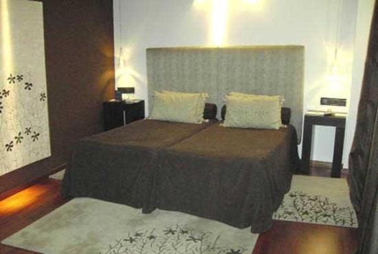 Hotel Huerta Honda : Guest Room