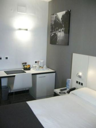 Photo of Hotel Dimar Valencia