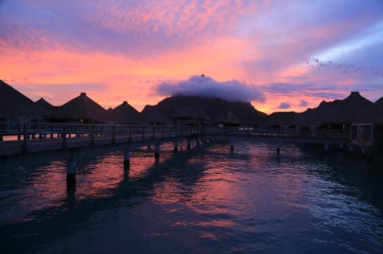 Bora Bora, Polinesia francese: Amazing Sunset