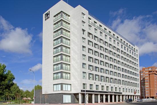 NH Valladolid Balago: Exterior View