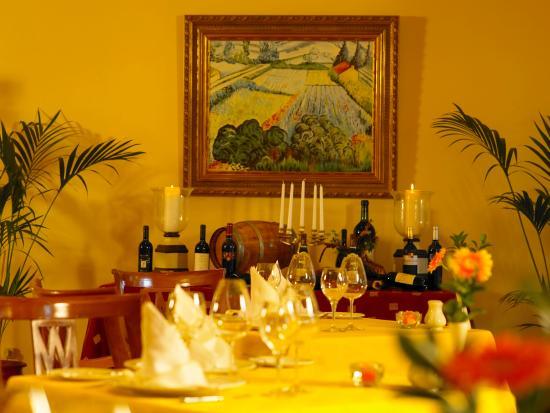 Ria Park Garden Hotel: Interior