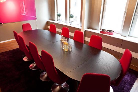 Freys Hotel : meeting Room