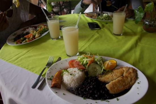 Hotel Sueno Dorado & Hot Springs: Breaded fish diner with Tico staples, rice, black beans, plantain, and salad.  Delicious!