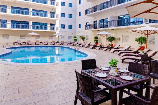 Photo of Golden Sands Hotel Apartments Dubai