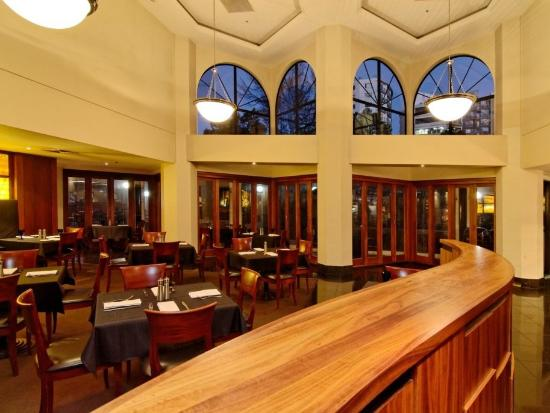 Amora Hotel Auckland: The Grill Restaurant Dining Room