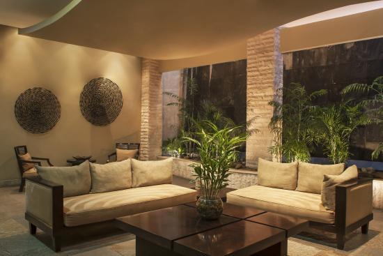 Sheraton Quito: Suites Foyer
