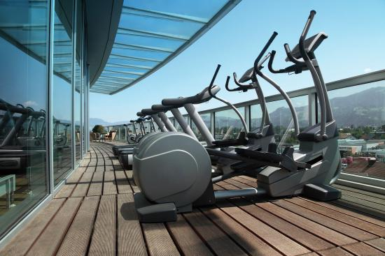 Four Points by Sheraton Panoramahaus Dornbirn: Balcony Gym