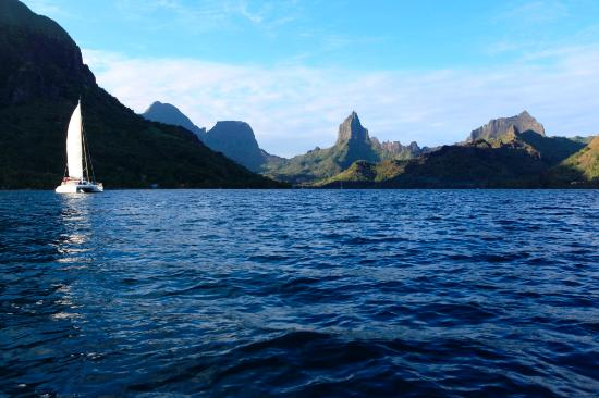 Arriving to Moorea