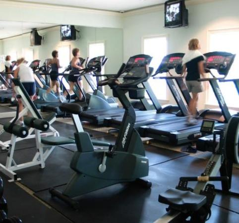 Club Del Cielo: Health Club