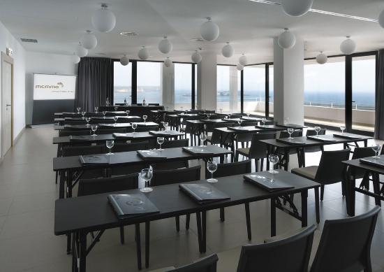 Memmo Baleeira Hotel: Meeting