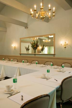 Joseph Ambler Inn: Conference & Banquets