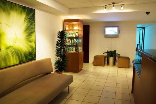 Galiza Business Apartments: Lobby view
