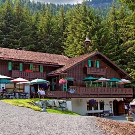 Crystal Mountain Hotels Alpine Inn: Exterior (OpenTravel Alliance - Exterior view)