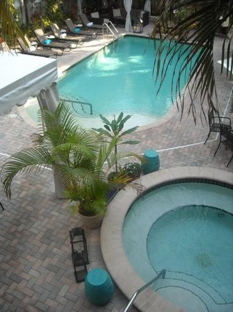 Villa Venice Men's Resort : Pool / Hot Tub