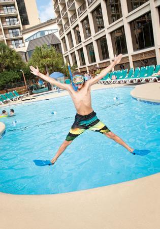 Beach Cove Resort: Beach Cove Pool