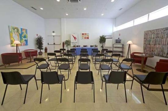 Catalonia Las Cañas: Conference & Banquets