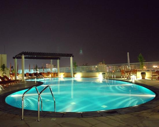 Star metro deira hotel apartments updated 2017 reviews for Dubai 7 star hotel rates