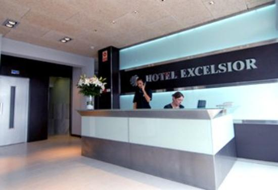 Hotel Excelsior: Lobby