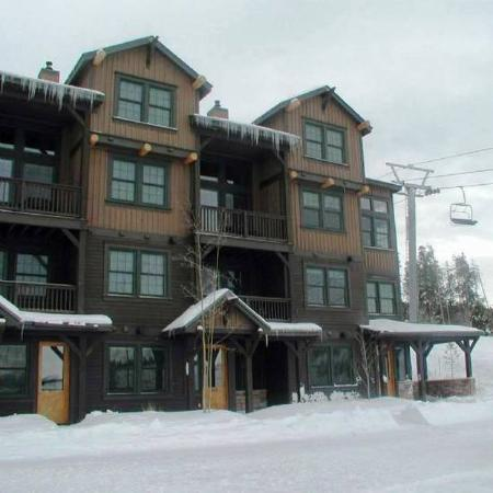 Kicking Horse Lodges