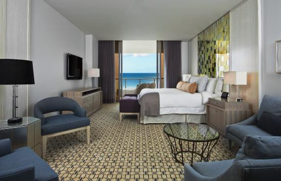 The St. Regis Bal Harbour Resort: Guest Room