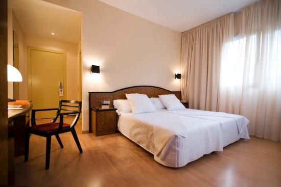 Hotel Air Penedes : Room