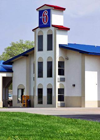 Photo of Motel 6 Urbana